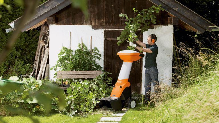 Bästa Kompostkvarnen – 9 Bäst i Test [Lista & Tips]